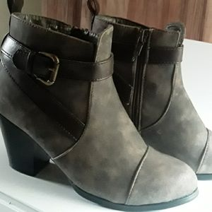 Rue21 ankle booties